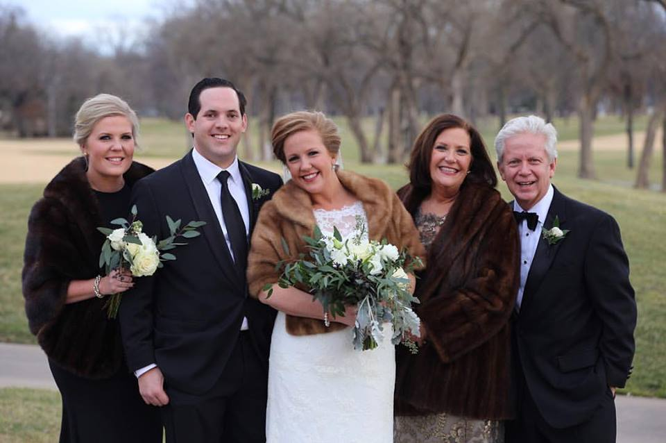 January Nuptials with Elegance and Style