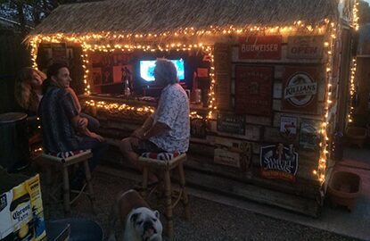 Winstons Bar & Grill