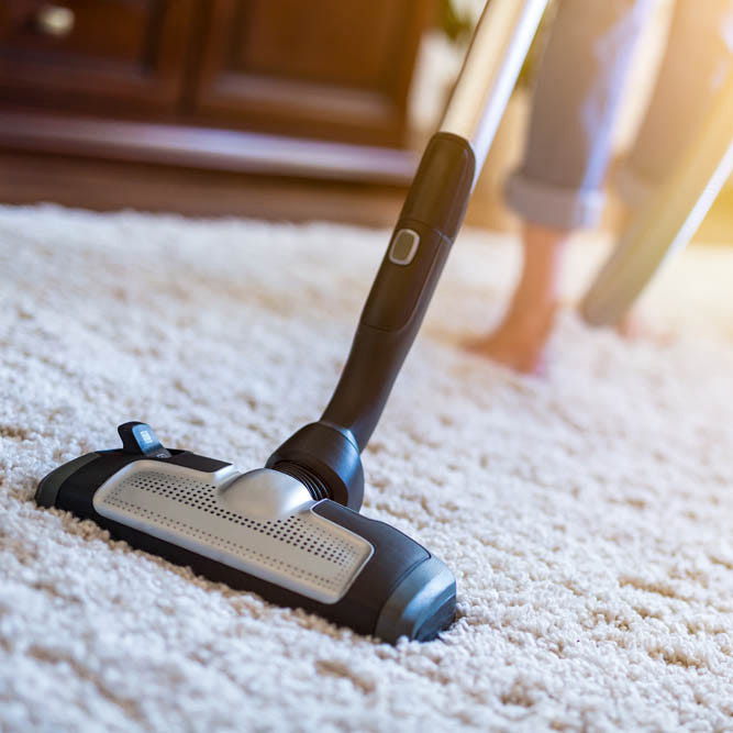 cleaning house - vacuum service