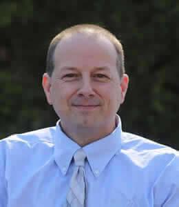 Derek Hussey, Senior Solutions Architect.