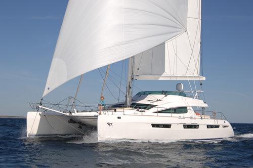 7ft Privilege catamaran Matau