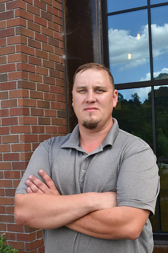 Image of multifamily project manager Jonathan Landers