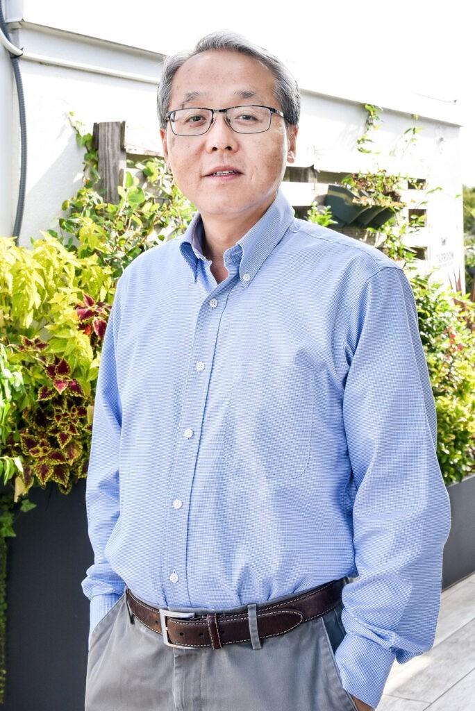 Image of director of estimating Hae Hong
