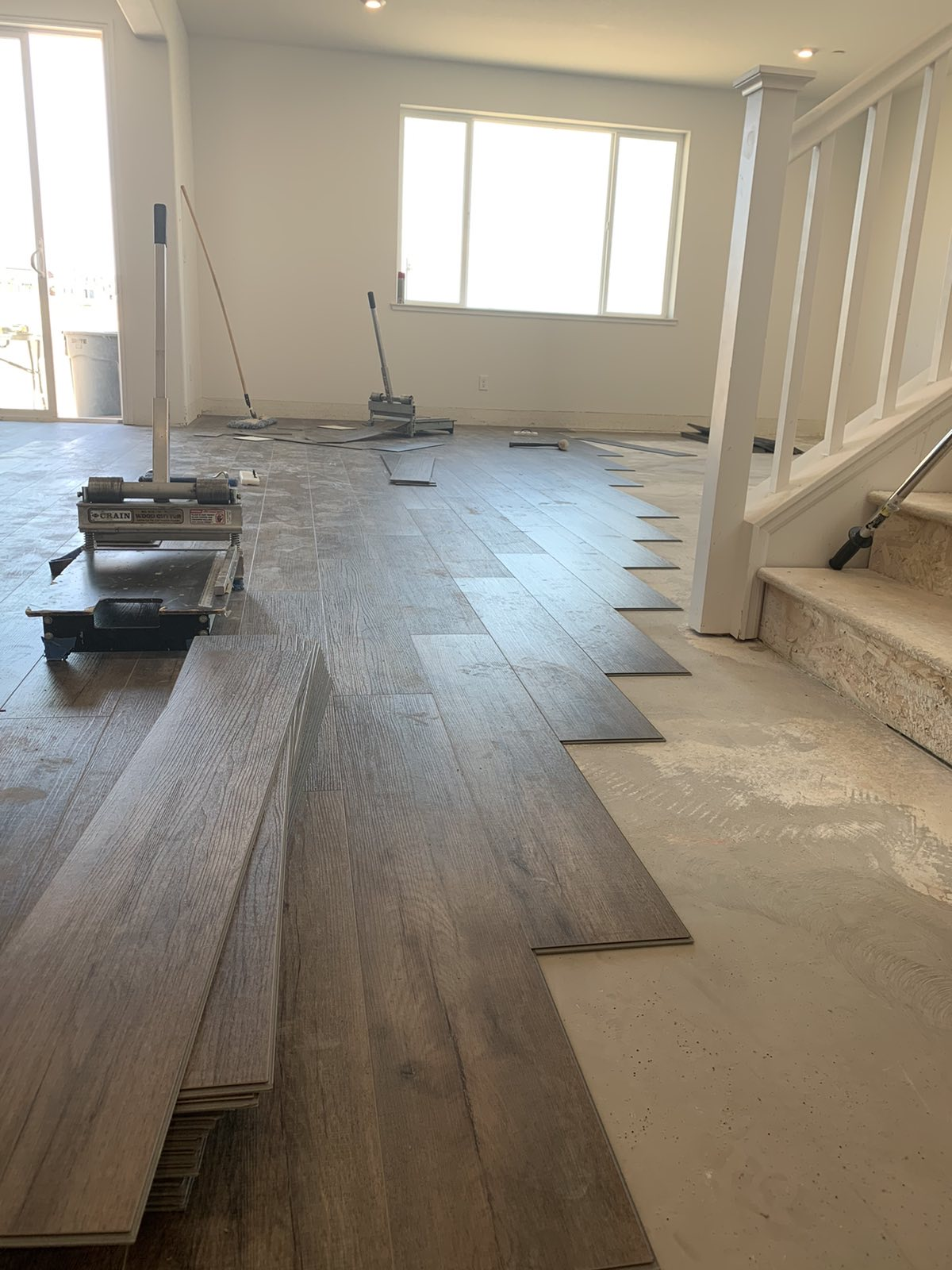 flooring install laminate