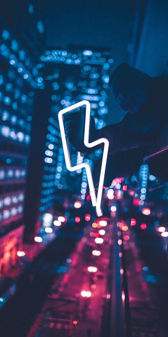 Social Thrive Lightning Bolt