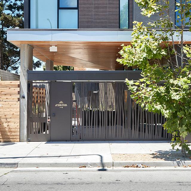 Low Fence/Divider