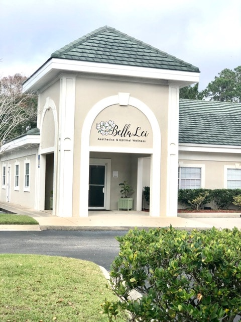 front of bella lei