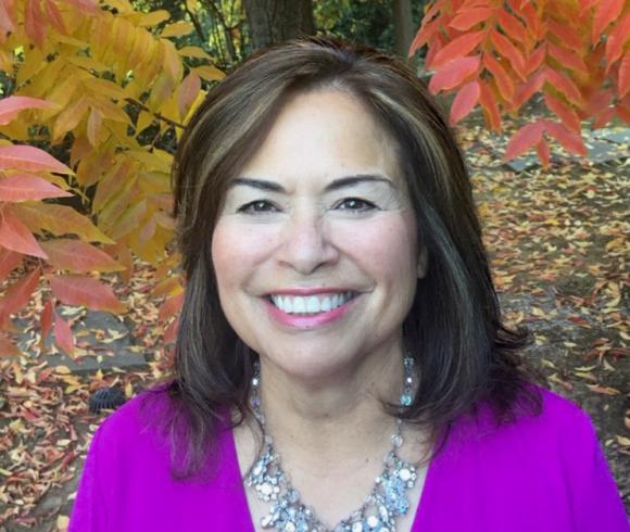 Lisa Cendejas, LMFT