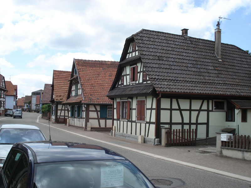 This image has an empty alt attribute; its file name is Betchdorf2009-2.jpg