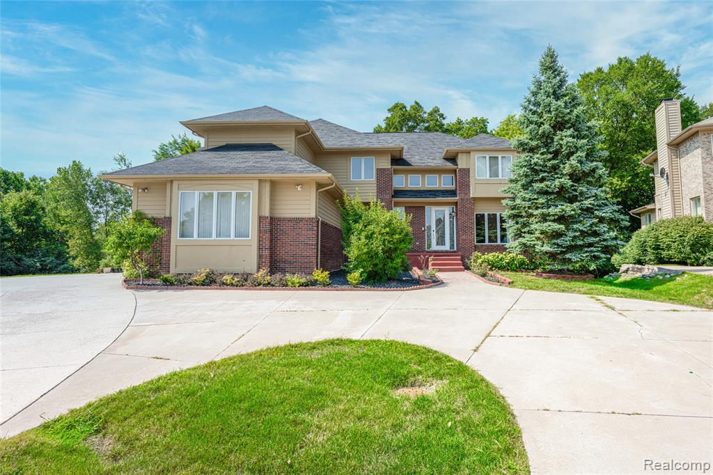 7139 YARMOUTH Court, West Bloomfield Twp 48322