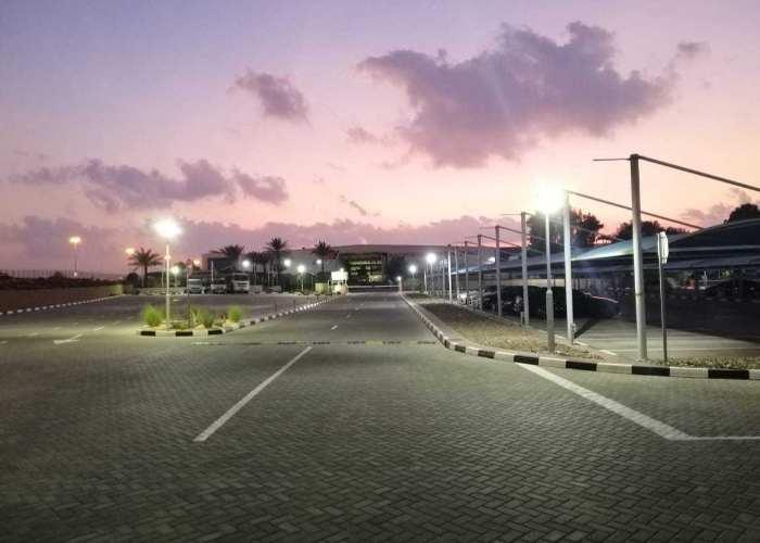 Daimler mercedes Parking - Dubai