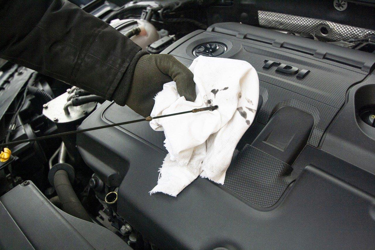 checking vw tdi engine oil level
