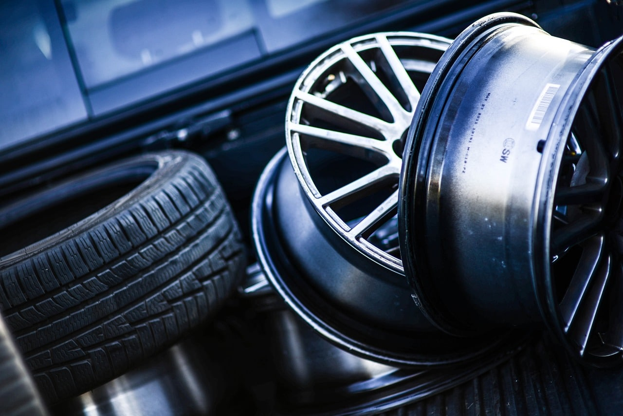 automotive tires and rims