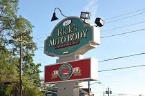 Rick's Auto Body sign