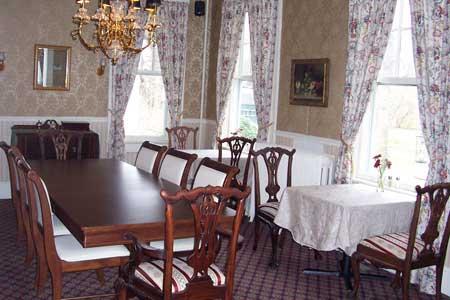 Cambridge house dining room