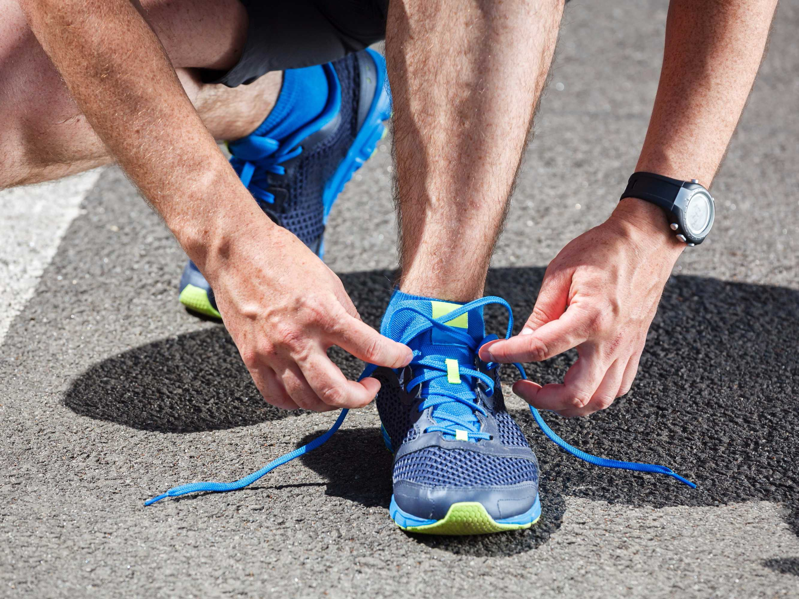 Scientists Figure Out Why Your Shoelaces keep Untying