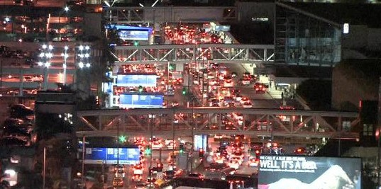 LAX to ban Curbside Pickups for Taxis and Rideshare Companies