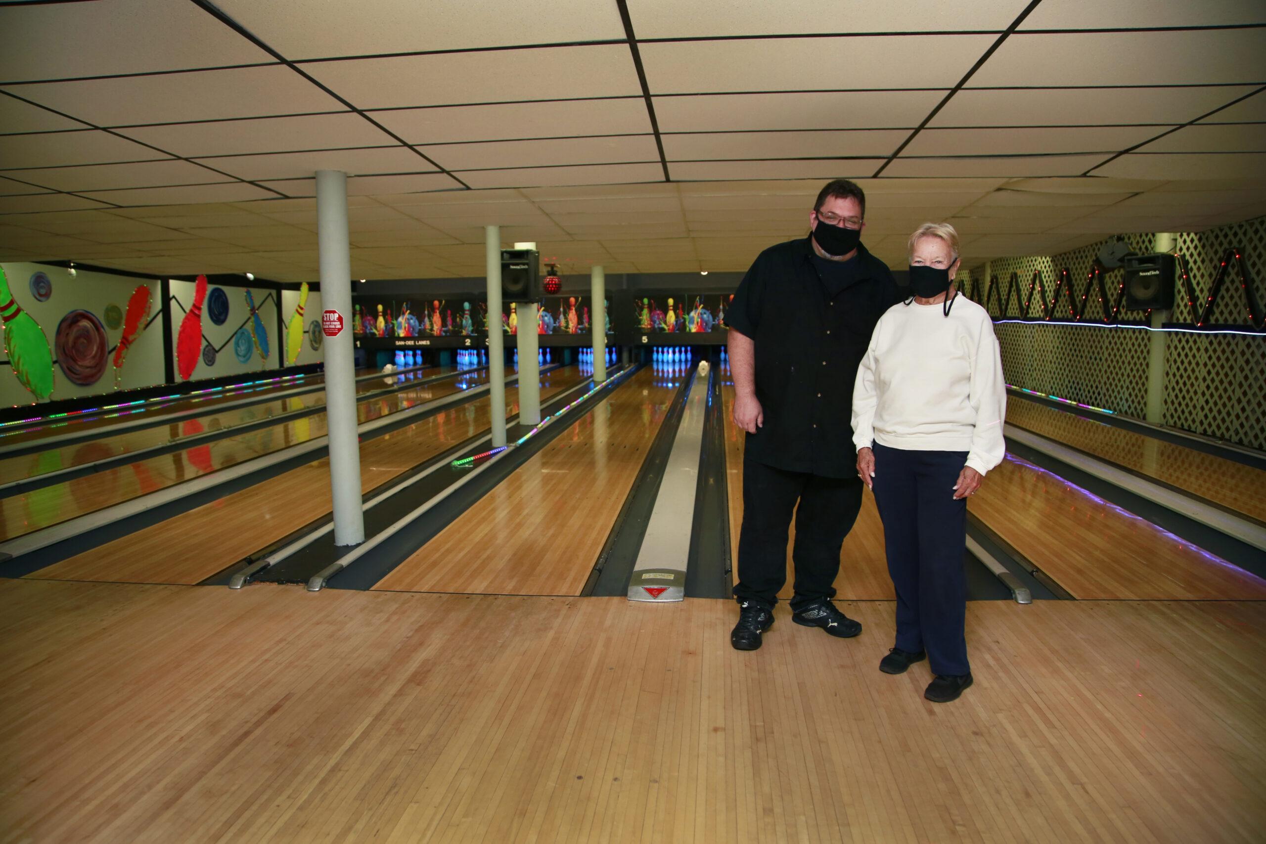 San Dee Lanes Bowling Malverne Lanes Kathy and Eddie