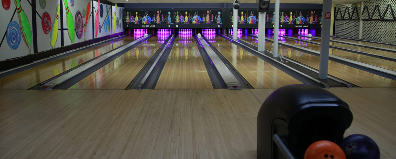 San-Dee-Lanes-Bowling-Malverne-Hunki Kosher-DINE-IN-PIZZA-DRINKS-BIRTHDAY-PARTY-CELEBRATE-BAR-LASER-BOWL