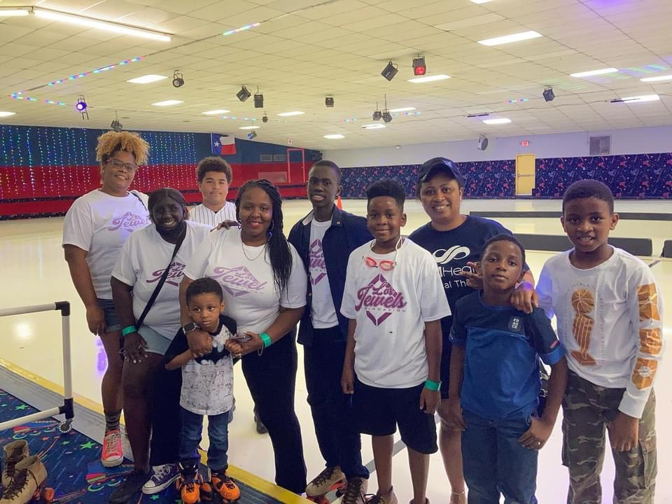 Lo's Jewels Foundation Exceptional Summer Adventure! July 21, 2021 with family from Lagos, Nigeria some Jewels and parents.