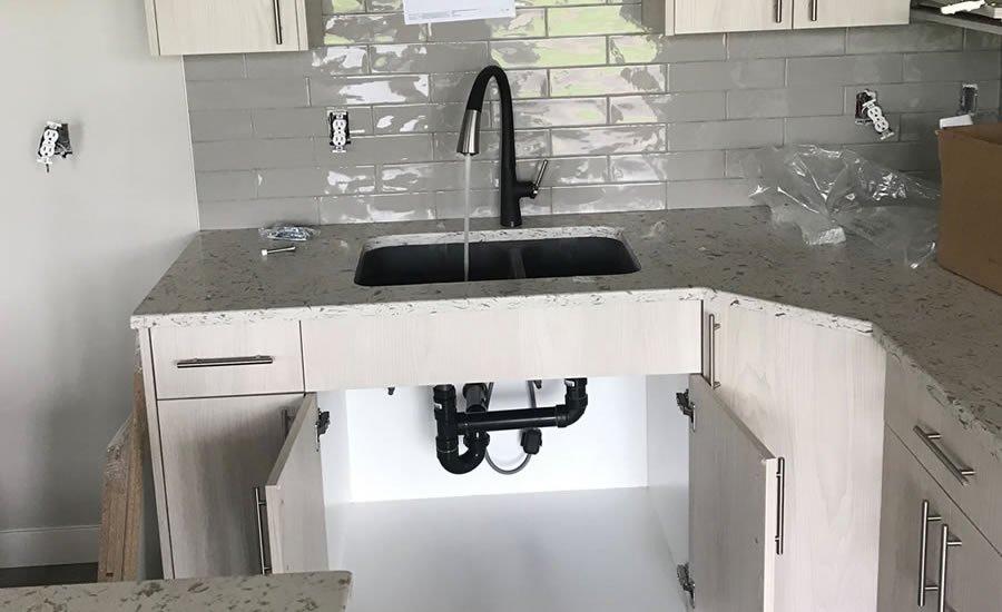 Sinks & Toilets