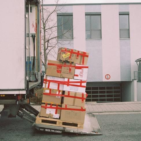 truck_loading