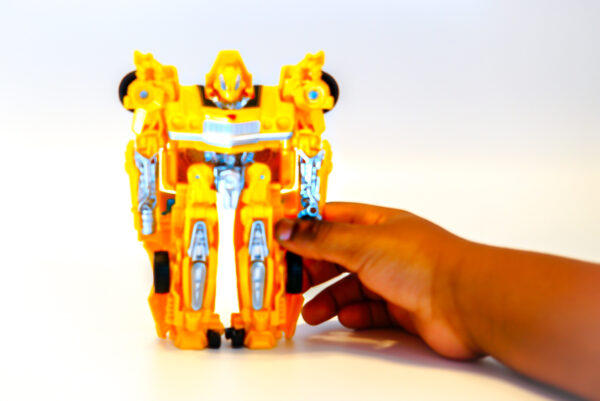 HASBRO-TRANSFORMERS-ENERGON-IGNITERS-POWER-SERIES-6-BUMBLEBEE OUT OF BOX