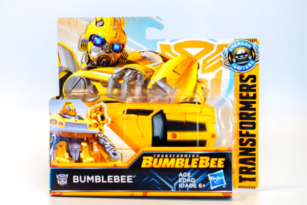 HASBRO-TRANSFORMERS-ENERGON-IGNITERS-POWER-SERIES-6-BUMBLEBEE FRONT OF BOX