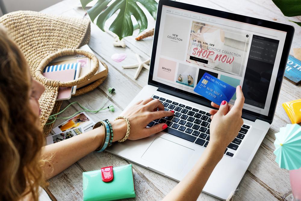8 Best Online Shopping Tricks To Save Money
