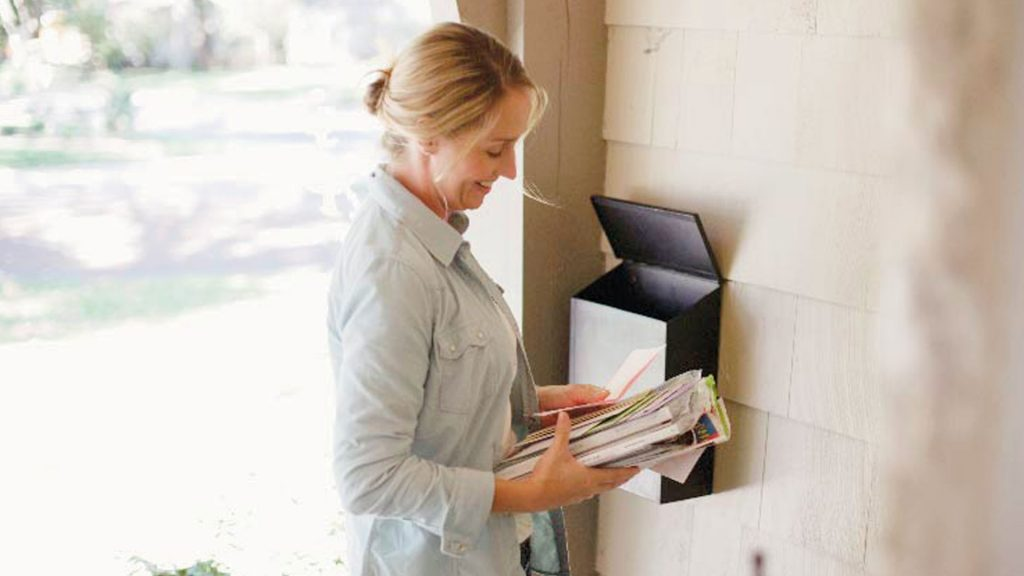 Ways to Use Greeting Cards to Build Customer Loyalty