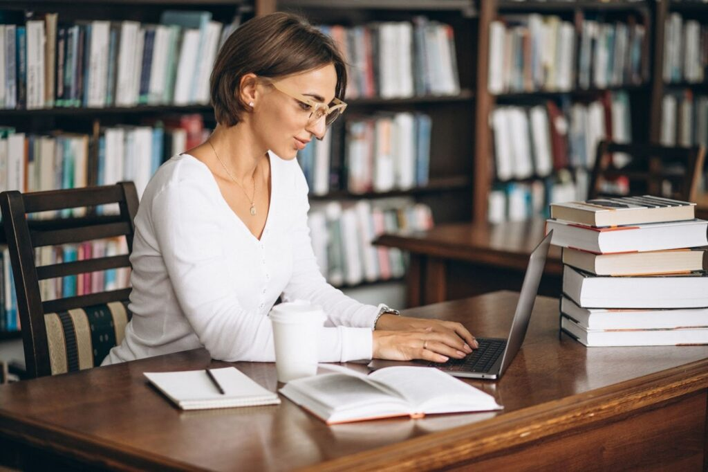 Top 10 Academic Writing Marketplaces For Students & Teachers in 2021