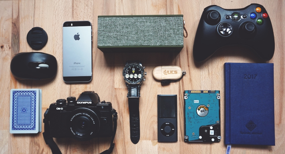 Work Smarter: 4 High Tech Accessories To Buy