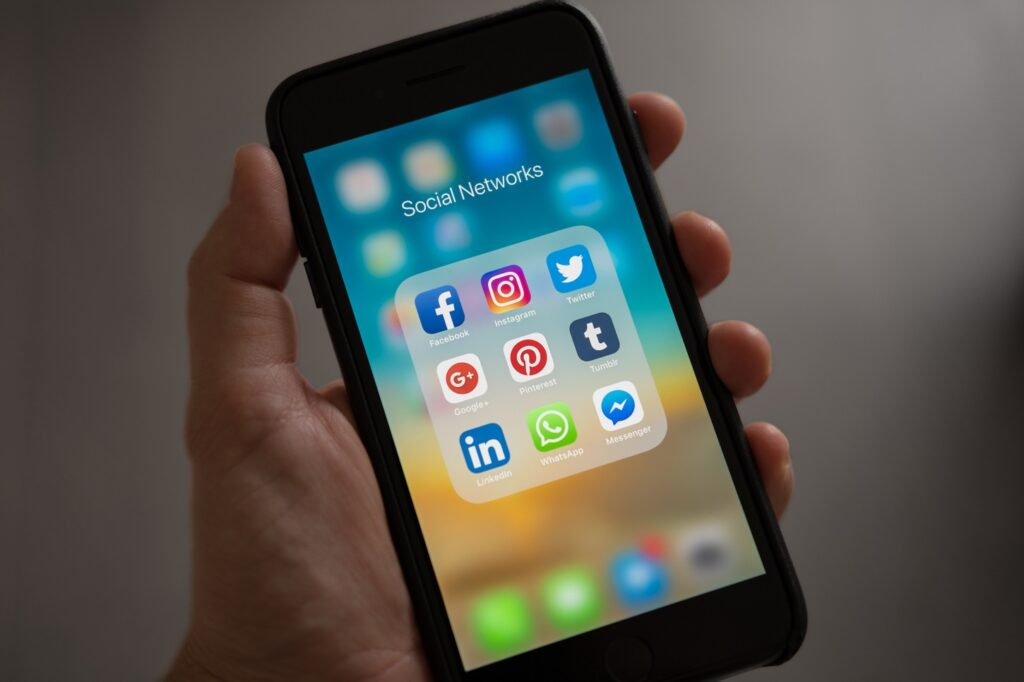 Seven Tips To Increase Sales Using Social Media