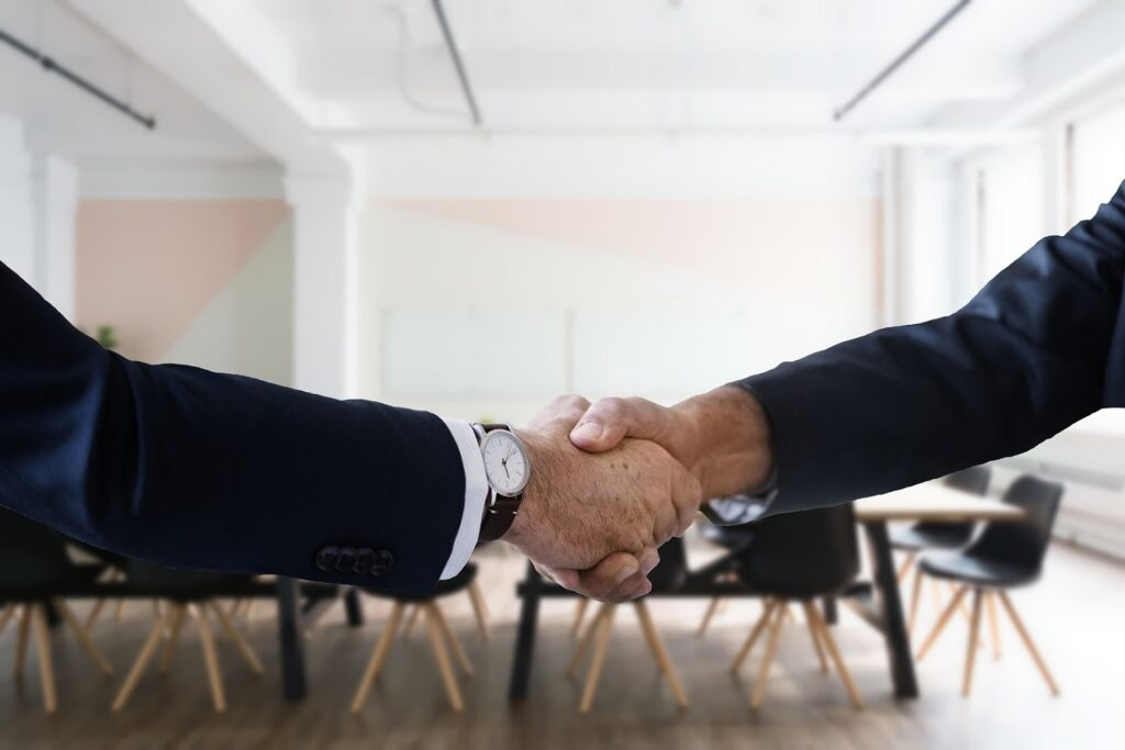 How Can an Organization Win Hiring Without a Recruitment Team?