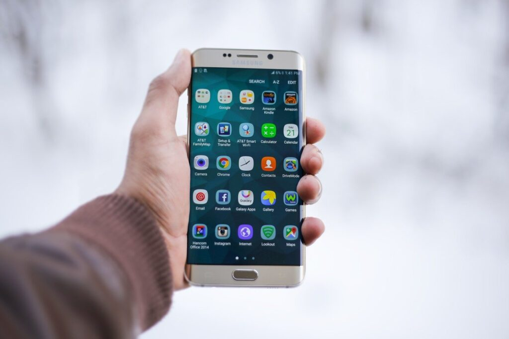 How Can User Experience Make or Break Mobile Application Future