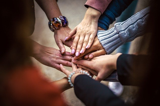 5 Ways to Get Your Business Involved in Community Work