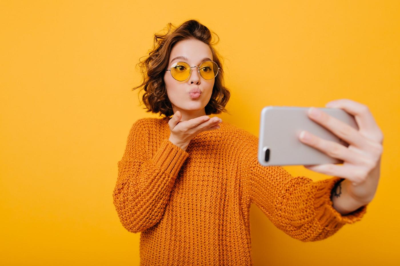 4 Essential Tips to Become a Social Media Influencer