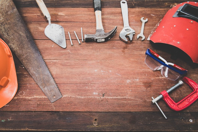 9 Competitive Strategies to Beat Big Box Hardware Stores