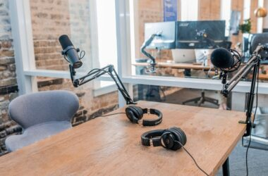What to Know About Podcast Advertising & How to Get Started