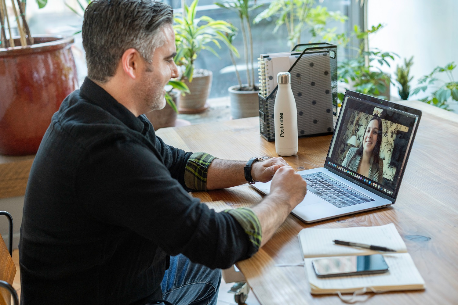 How to Manage the Remote Employees of Your eCommerce Website
