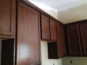 cabinets with crown molding