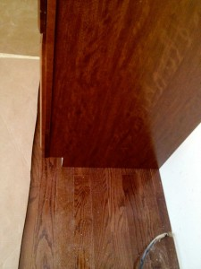 cabinet and floor color