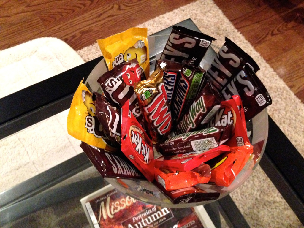 candy bowl on low table
