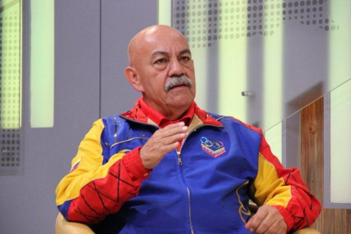 Darío Vivas dio positivo por Covid y a Parra lo hospitalizan de emergencia