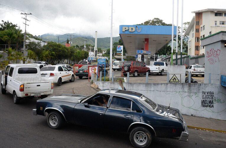 Suspenden venta de gasolina en Táchira por aumento de casos de Covid