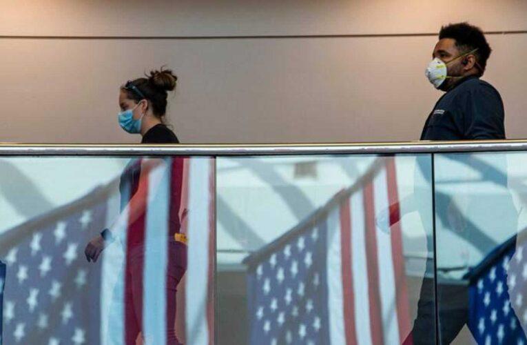 Contagios por Covid en EEUU rozan los 4,5 millones