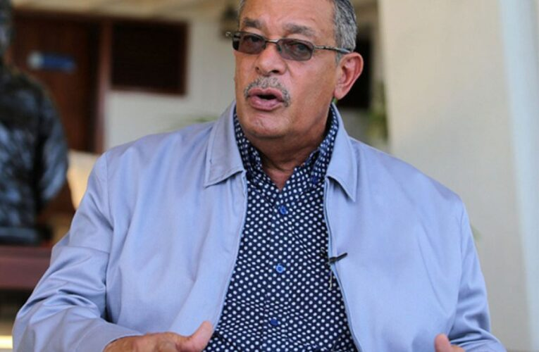 El gobernador García Carneiro se recupera del Covid-19