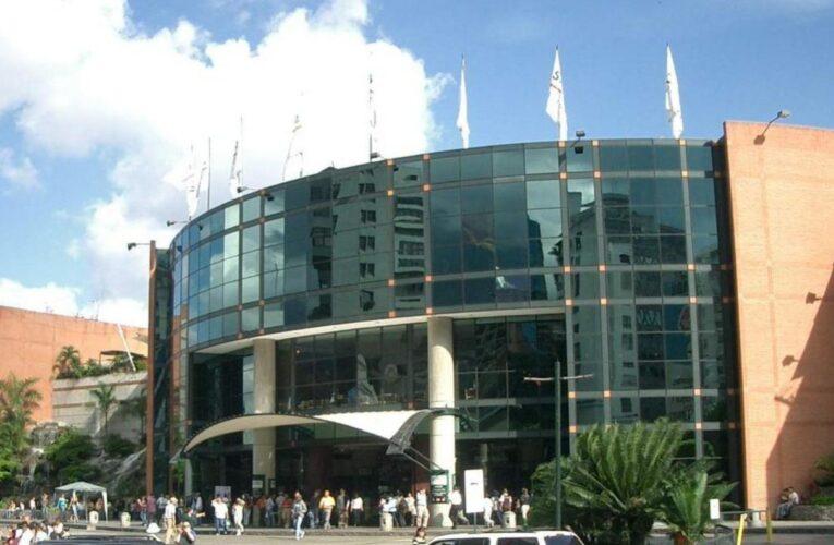 Centros comerciales de la Gran Caracas funcionarán en horario especial