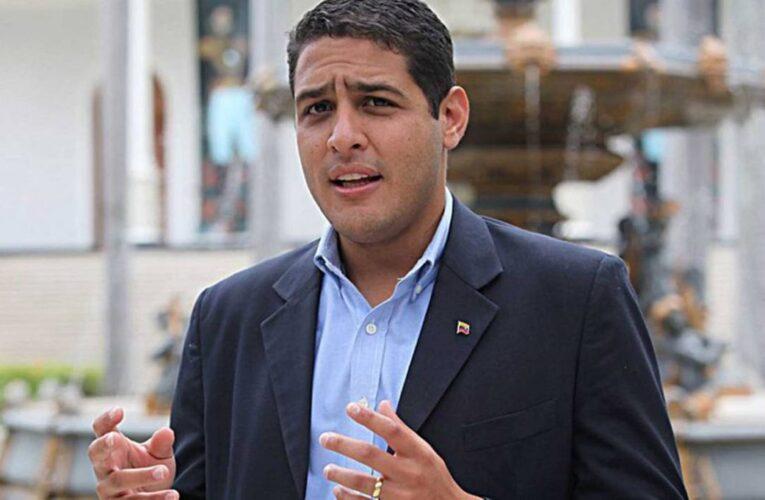 Diputado Olivares: «El sueldo mínimo no alcanza para nada»