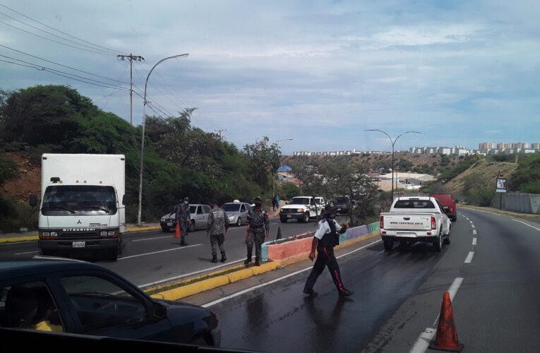 «Transportistas trabajan para pagar multas»